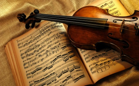 http://caminao.files.wordpress.com/2010/03/violin_and_music_sheet-wide.jpg