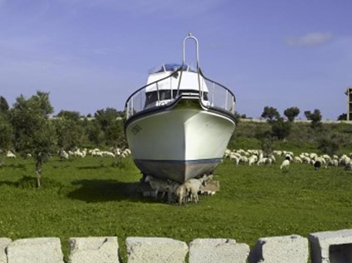 Carl-De-Keyzer-boat